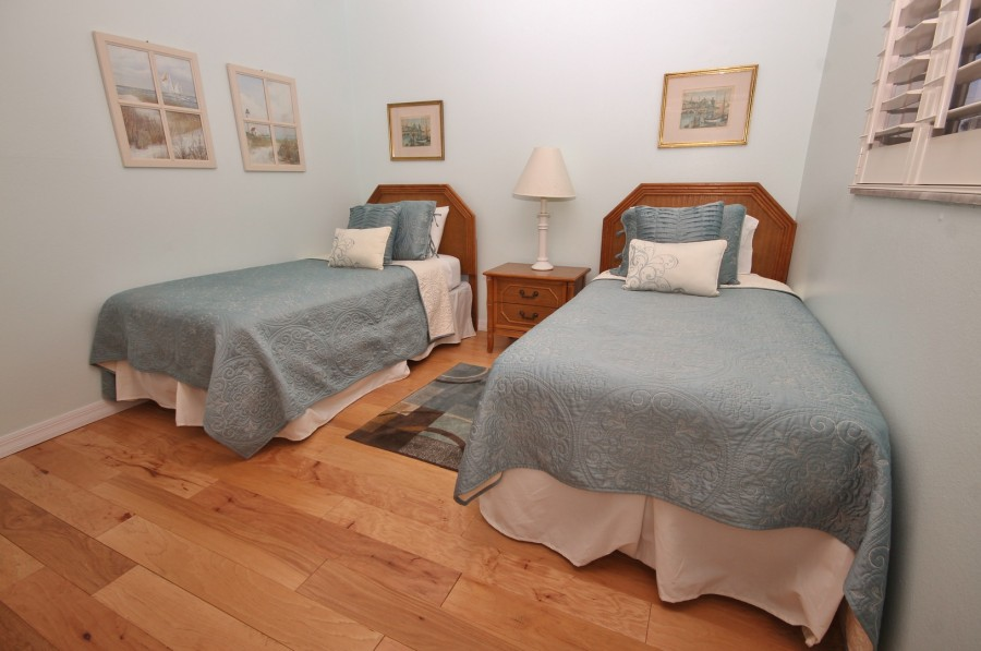 SCGII1082bed1